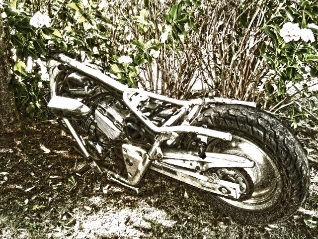 バイクを廃車にする際に知っておきたい手続きとは?