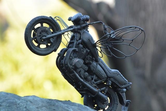 バイク買取のメリットについて考える画像