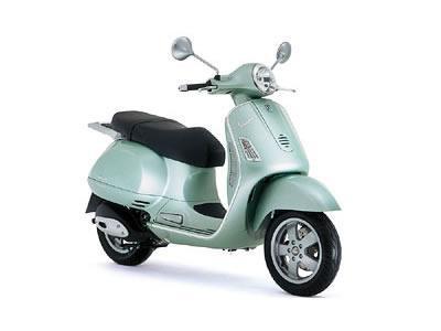 ピアジオ ベスパGT200L