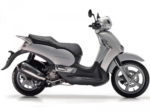 バイク比較.comを使ったお客様のスカラベオ250ie売却実績